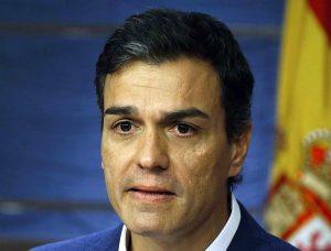 Pedro Sánchez anunció su dimisión