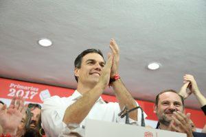 Pedro Sánchez con José Luis Ábalos