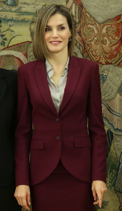 Traje sastre color marsala de Hugo Boss