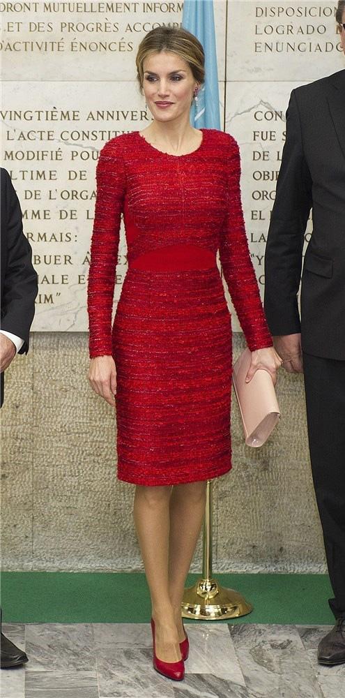 Doña Letizia estrenó el vestido en Roma