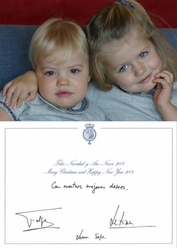 En 2008, Leonor y Sofía nos felicitaban, a juego, la Navidad