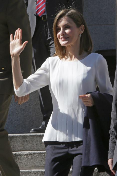 Upskirt falda escolar con mallas blancas - 3 9