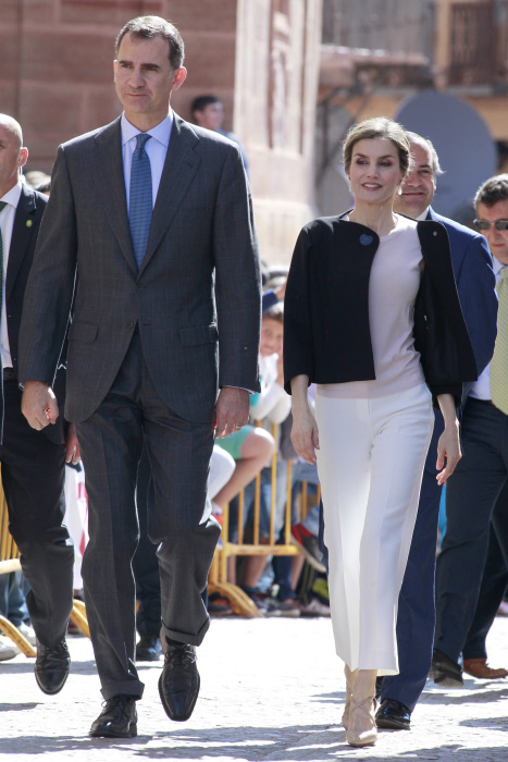 King Felipe VI and Queen Letizia of Spain during his visit to Villanueva de los Infantes, Ciudad Real. 18/05/2016
