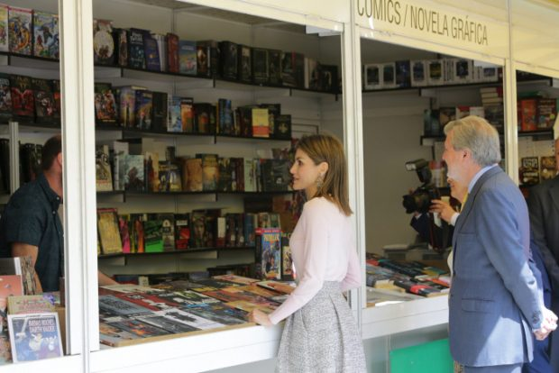 Queen Letizia of Spain and Iñigo Mendez de Vigo during the inauguration of the 75th edition of the Madrid Book Fair, on Friday May 27, 2016