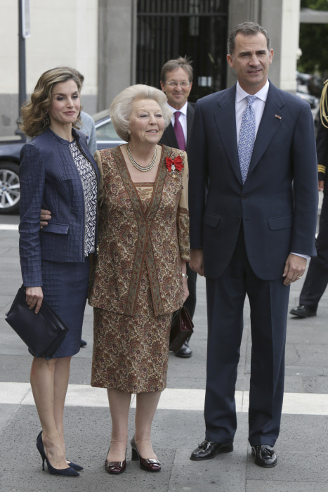 King Felipe VI and Queen Letizia with Princess Beatrix of Netherland attending the opening of the exhibition '' Bosco '' in the PradoMuseum in Madrid, on Monday 30th May, 2016.