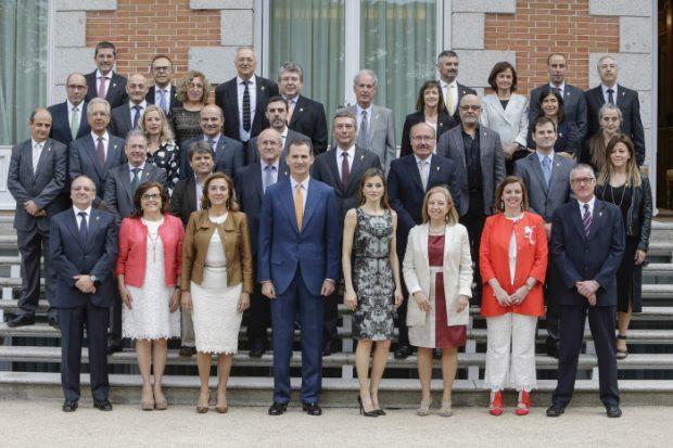 Felipe VI ha dejado de combinar el color de sus corbatas con el vestido de su mujer
