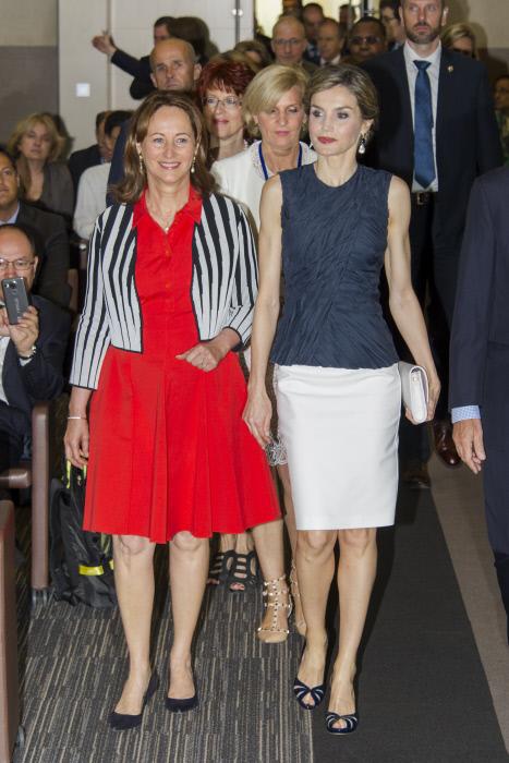 La reina con la ministra de Medio Ambiente francés Ségolène Royal