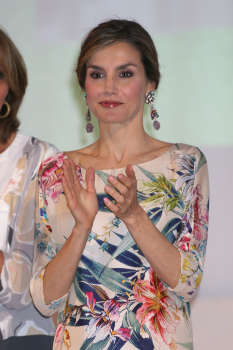 Spanish Queen Letizia Ortiz during the 3 edition of National Fashion Awards in Madrid on Thursday, July 21, 2106