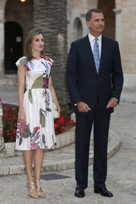 Queen Letizia and King Felipe VI of Spain during a reception at the AlmudainaPalace in Palma de Mallorca. 07/08/2016