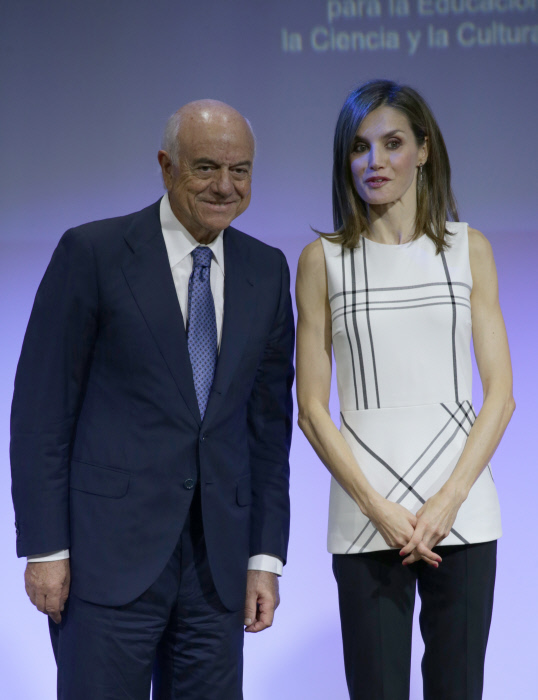 "Queen Letizia of Spain and Ceo BBVA, Francisco Gonzalez during delivery Awards ""Masterly Action 2016"" in Madrid on Friday, September 30, 2016"