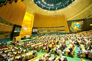 Salón de la Asamblea General durante una votación en 2014 para elegir cuatro jueces de la Corte Internacional de Justicia (CIJ). /ONU