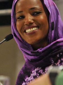 Aziza Brahim en la presentación de la película 'Wilaya'  en San Sebastian, en abril de 2012. (Iñigo Royo, CC)