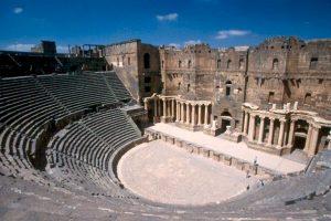 Teatro romano de Bosra / Wikipedia
