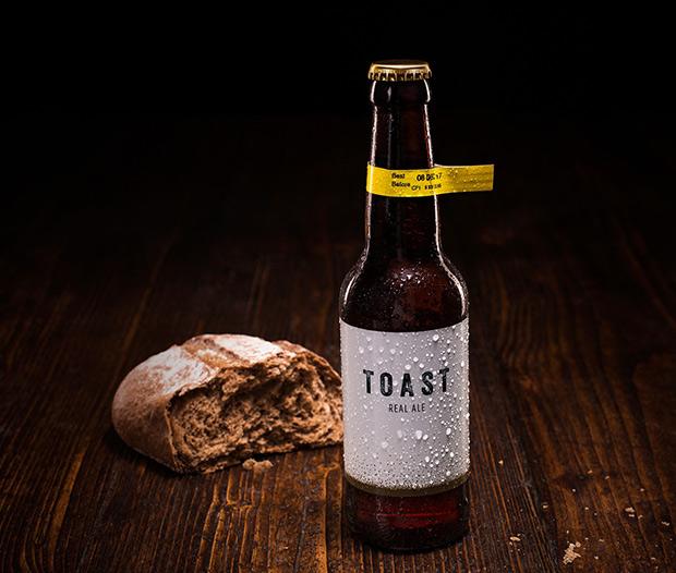 Toast-cerveza-pan-01