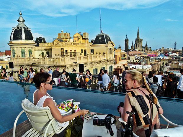 10 terrazas de barcelona para estrenar la temporada la - Terrazas de barcelona ...