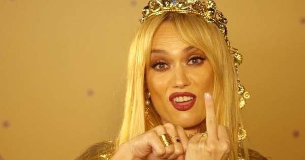 d032eacdaa38 Las mejores parodias del anillo de Jennifer Lopez