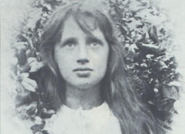 Imagen de Virginia Woolf de niña