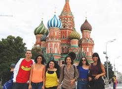 Los seis jóvenes que han investigado la homofobia en Rusia