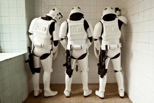 Stormtroopers meando