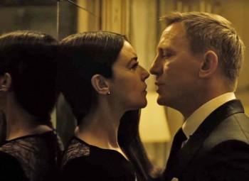 Spectre - Daniel Craig y Monica Bellucci 2015