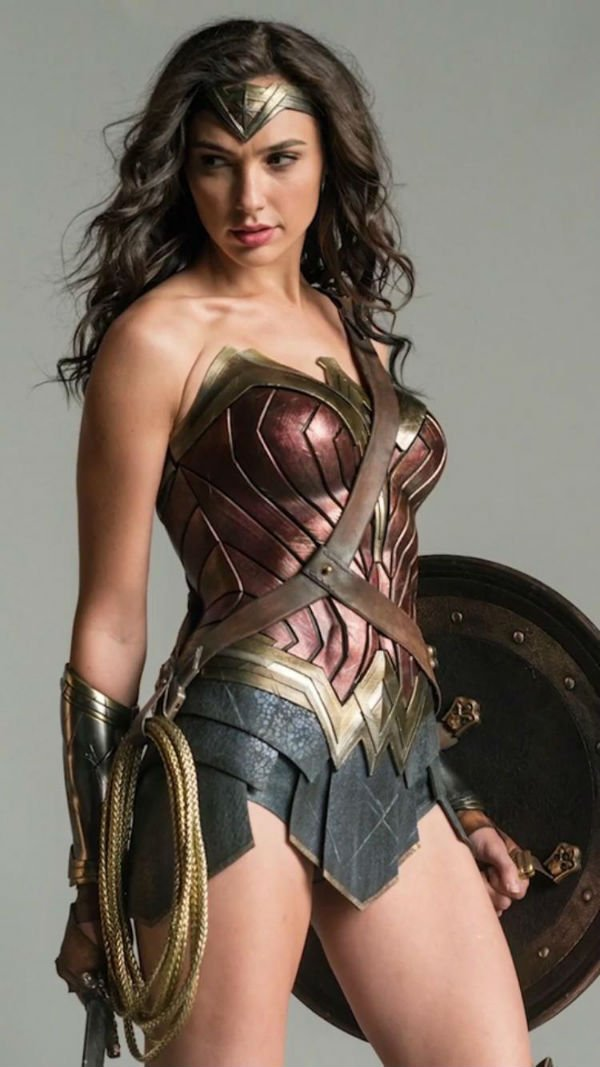 Gal Gadot - Wonder Woman