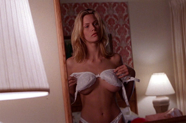 Species - Natasha Henstridge