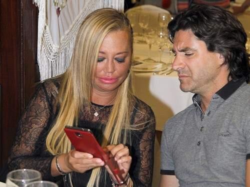 Belén Esteban y su representante Toño Sanchís (GTRES).