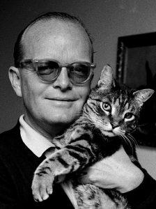 'Truman Capote with Cat', Holcomb, Texas, 1967 (Steve Schapiro).