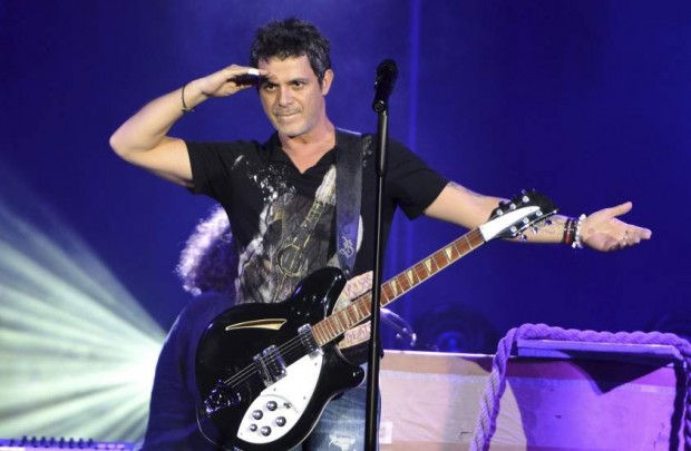 Alejandro Sanz durante un concierto ofrecido en Córdoba en 2013 (Rafa Alcaide/EFE).