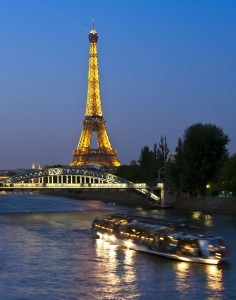 La Torre Eiffel y el Río Sena (GTRES).
