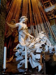 El éxtasis de Santa Teresa, realizada entre 1647 y 1651, escultura de Bernini (Dominio Público).