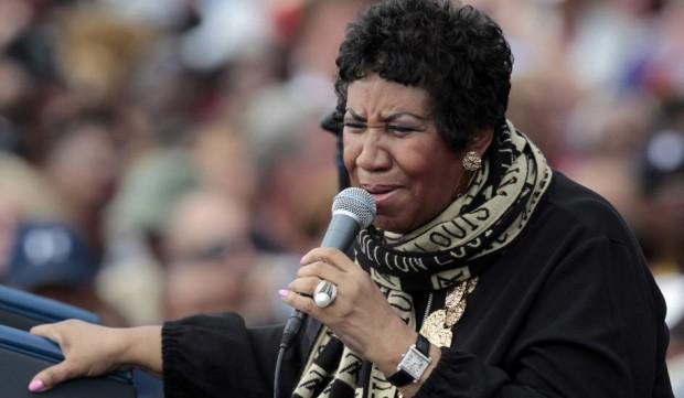 La reina del soul, Aretha Franklin, cantando en un evento del Día del Trabajo (EFE).