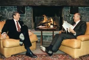 Reagan y Gorbachov.
