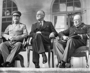 Stalin, Roosevelt y Churchill.