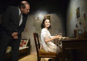 Anna Frank, en el Madame Tussauds en Viena (Helmut Fohringer/EFE).