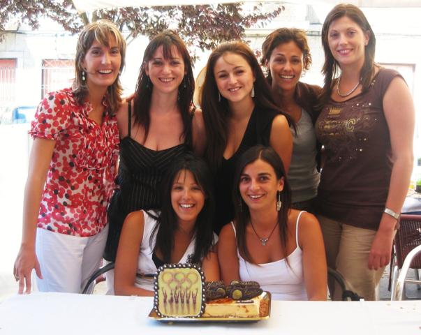 Las siete Niñas de Oro durante el reencuentro de 2006.