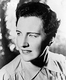 La escritora Mary Renault.