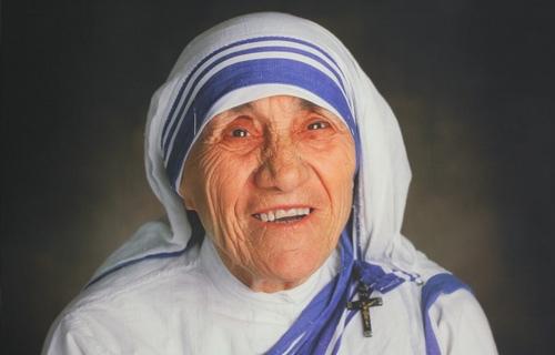 Teresa de Calcuta (WIKIPEDIA).