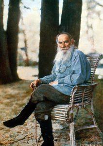El escritor León Tolstoi.