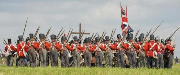 Recreación realizada durante el bicentenario de la batalla de Waterloo (EFE)