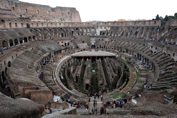 Vista interior del Coliseo (EFE)