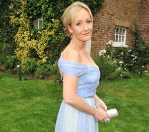 J.K.Rowling... la madre de Harry Potter sí que se ha forrado con sus novelas.