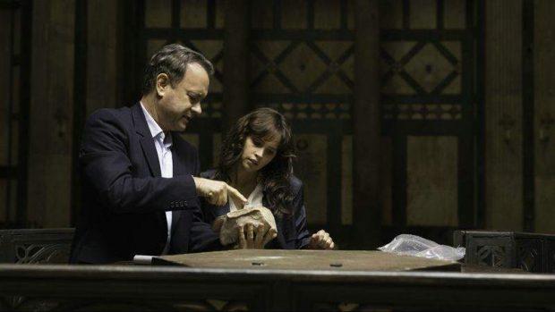 Tom Hanks en un fotograma de 'Inferno', película basada en una novela de Dan Brown, investigando si es thriller histórico o no. (SONY PICTURES)