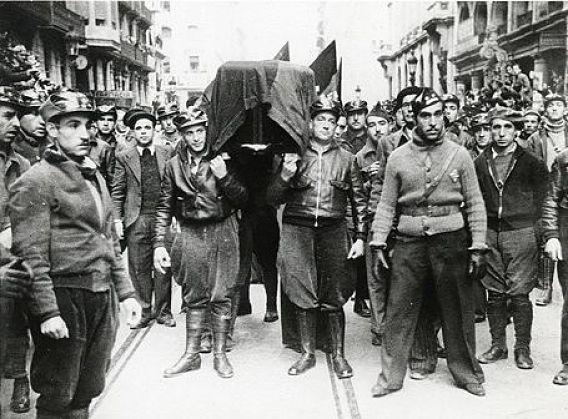 Entierro de Durruti, en Barcelona, 23 de noviembre de 1936 (Dominio público / WIKIPEDIA)