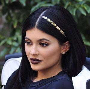 Kylie Jenner, la responsable de algunas de las modas más absurdas del año. INSTAGRAM
