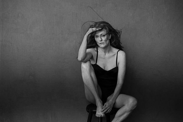Julianne Moore. PETER LINDBERGH
