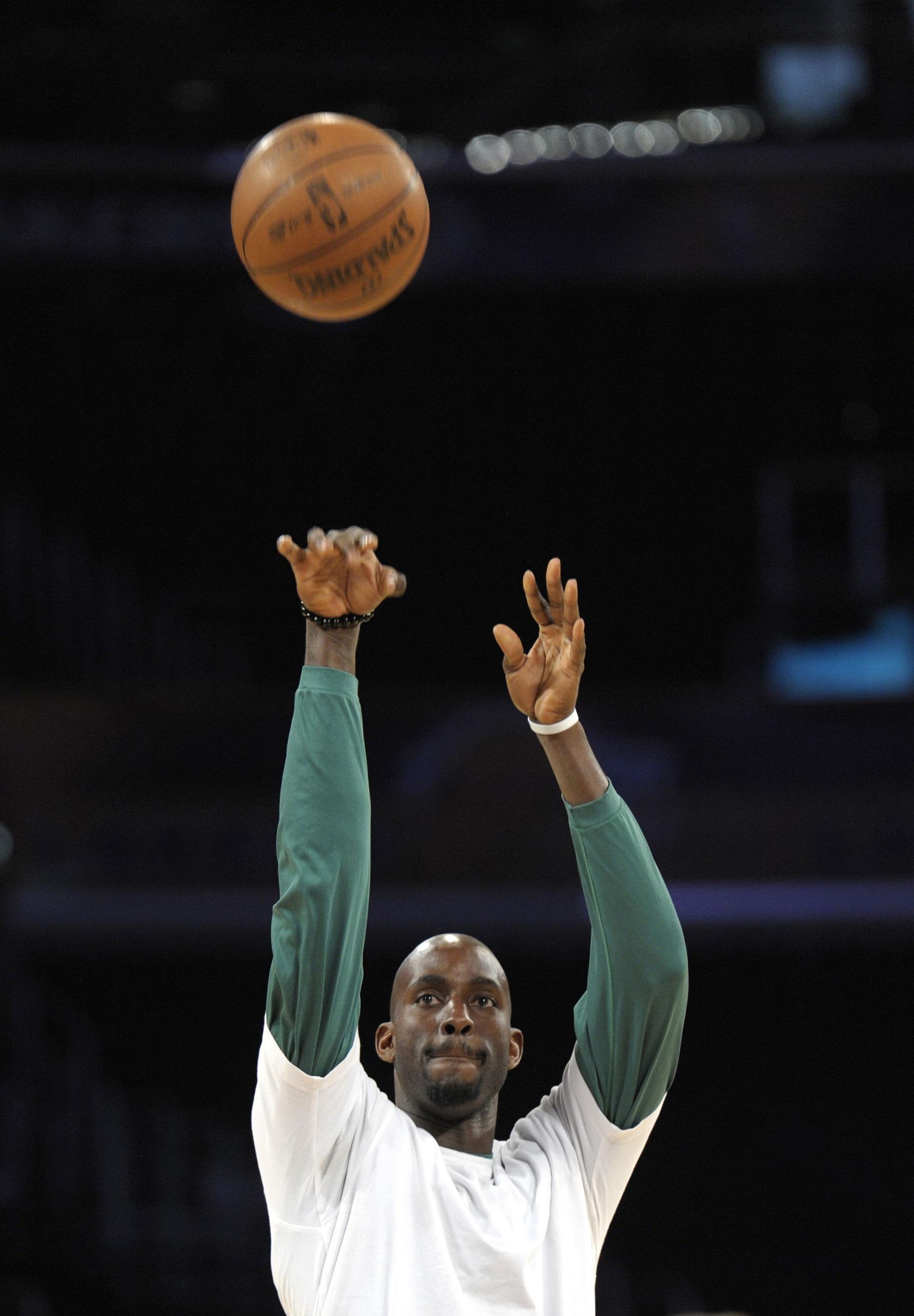 Garnett, calentando en su etapa con los Celtics en 2010 (GTRES).