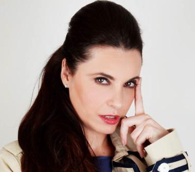 La actriz en una imagen promocional de la obra 'Quiero ser una chica Almodóvar'.