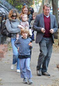 Sarah Jessica Parker y Matthew Broderick con sus hijos