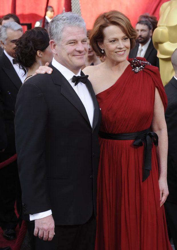 Sigourney Weaver y Jim Simpson